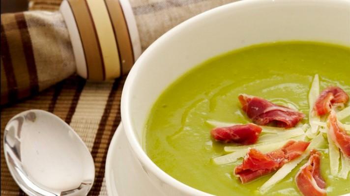 Супа от тиквички с прошуто и пармезан|escape