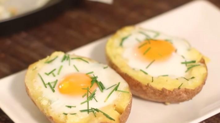 Печени картофи с яйца|escape