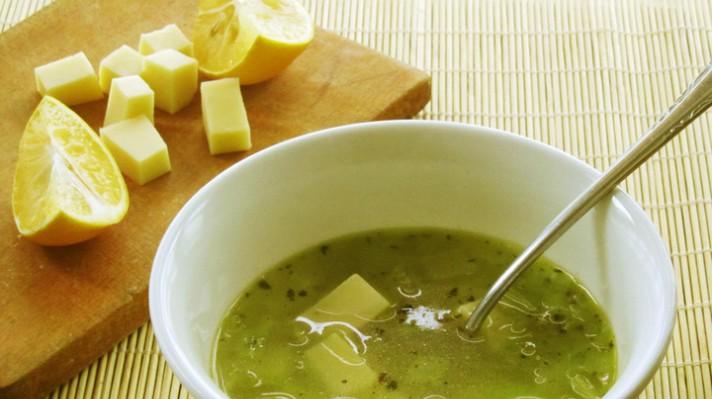 Супа с праз, картофи и кашкавал|escape