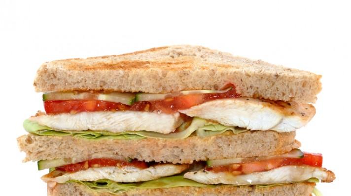 Клуб сандвич с пиле