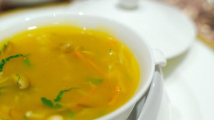 Супа с прясно зеле|escape