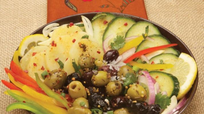 Мароканската салата с чушки и картофи|escape