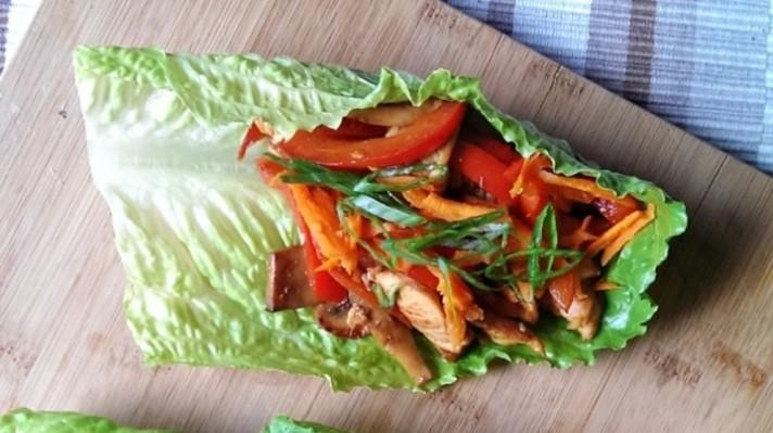 Пиле по тайландски в маруля|escape