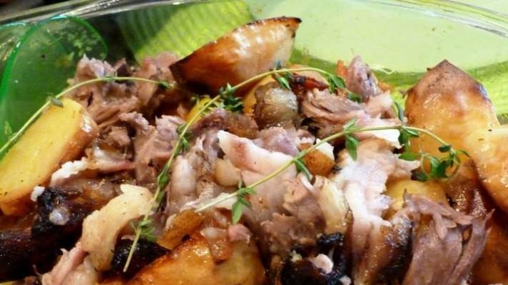 Свински джолан с картофи|escape