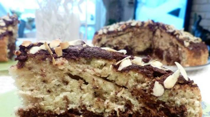 Кекс с орехи, шоколад и филирани бадеми|escape