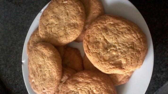Бисквити с парченца шоколад|escape