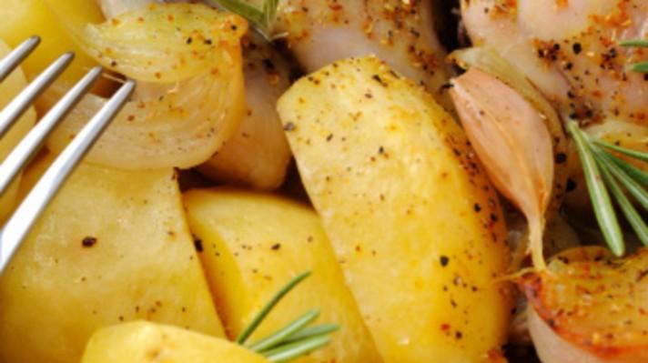 Картофена салата с яйца и сирене|escape