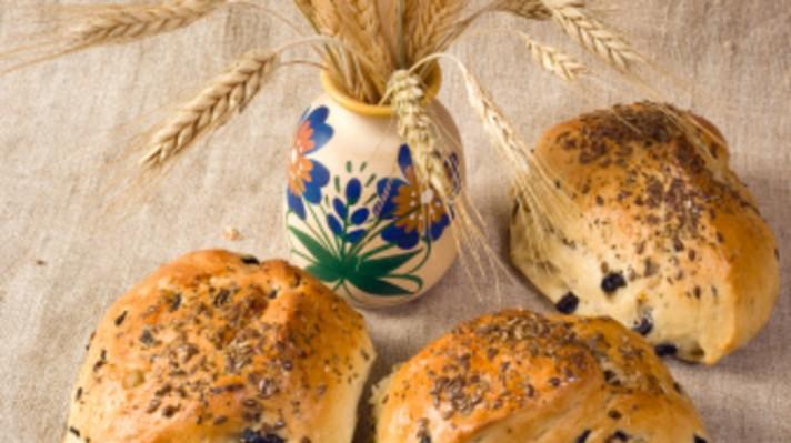 Царевични хлебчета с маслини|escape