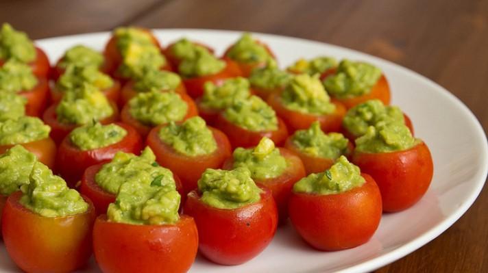 Пълнени домати с гуакамоле|escape