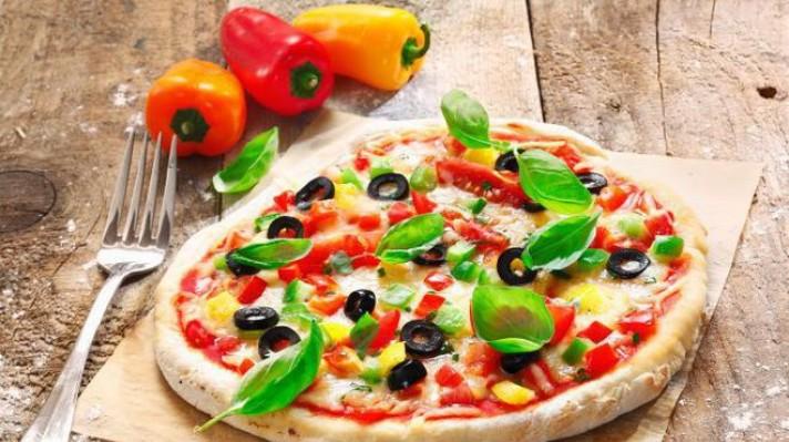 Пица с чушки и моцарела escape