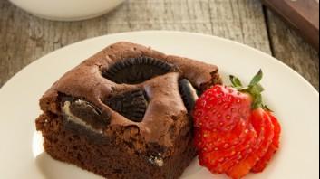 Шоколадов брауниз с бисквитки
