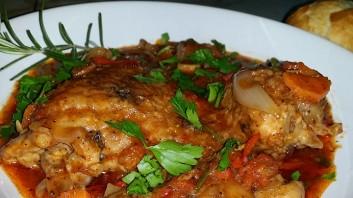 Пиле Качаторе (Chicken Cacciatore)