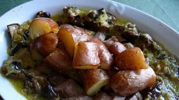 Свинско бон филе с пресни картофи и патладжани