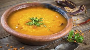 Супа от червена леща, ориз и булгур
