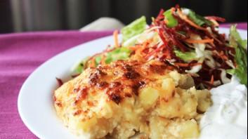 Картофен огретен със сирене и кашкавал