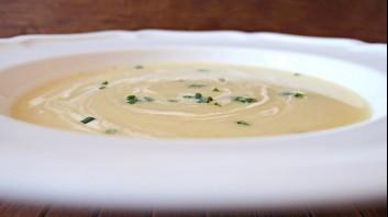 Картофена крем супа с лук