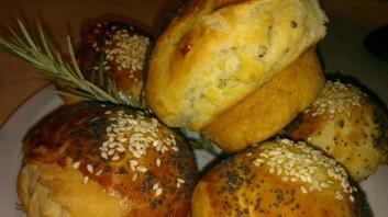 Чеснови билкови хлебчета