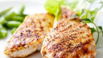 Пилешко с лимоново-горчична марината