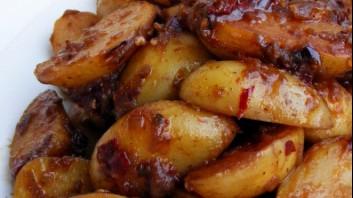 Пикантни печени картофи